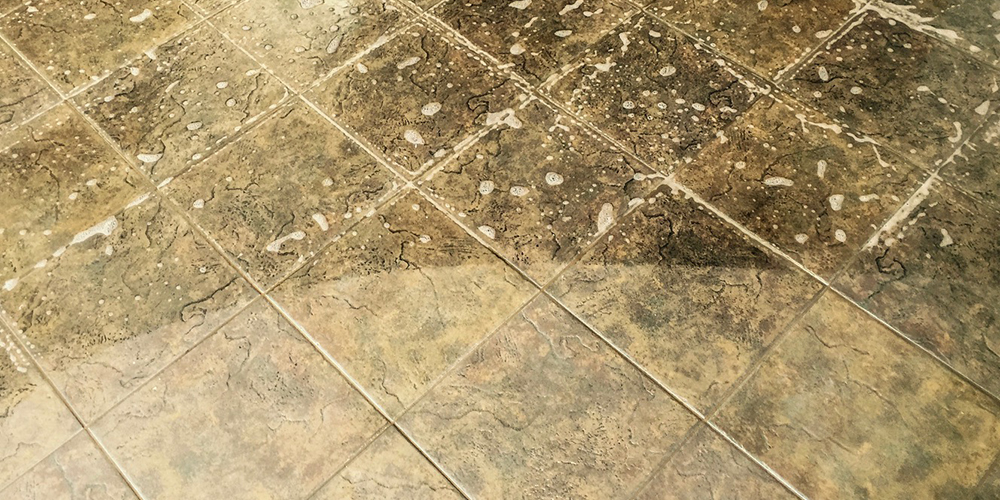 tile and grout cleaning for kitchen or bathroom